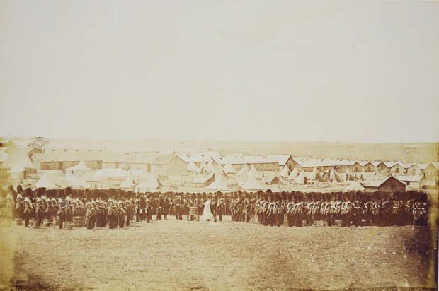 Богослужение в лагере британских войск под Балаклавой.Фото: Джеймс Робертсон