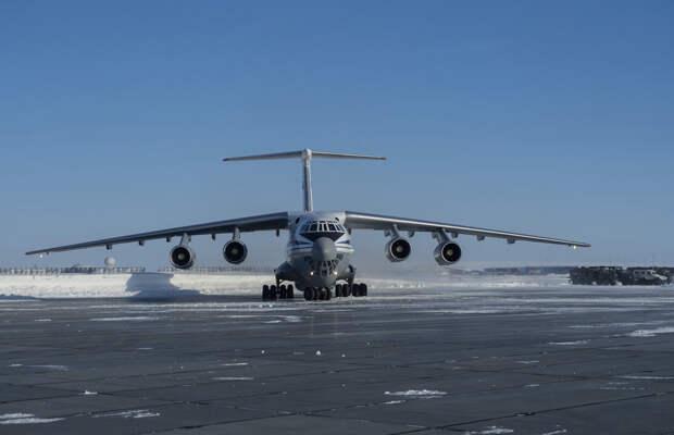 Самый северный аэродром на острове Земля Александры стал всесезонным