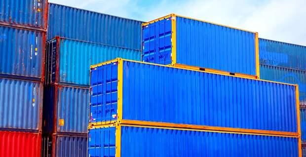 В мажилисе обеспокоены простоем контейнеров на границе с Китаем и убытками в Т170 млрд