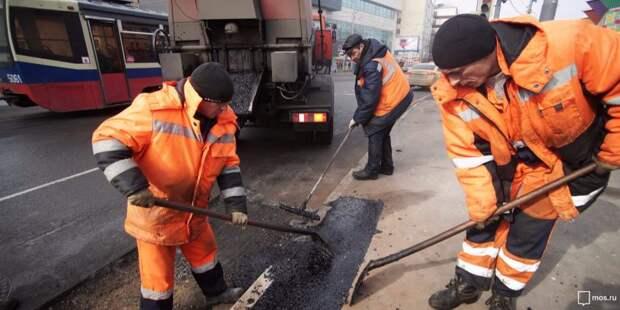 На улице Правды коммунальщики провели локальный ремонт
