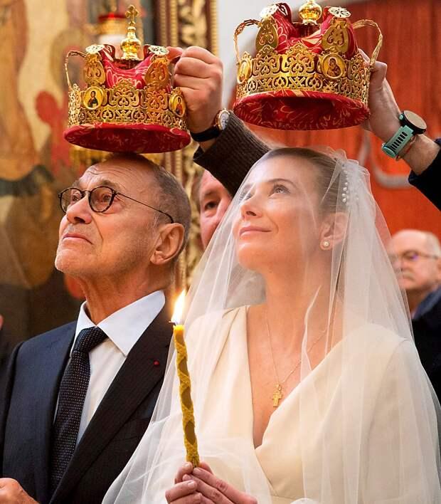 «Я не позволю вам увидеть, чтобы я плакала»: Юлия Высоцкая об эмоциональном эксгибиционизме