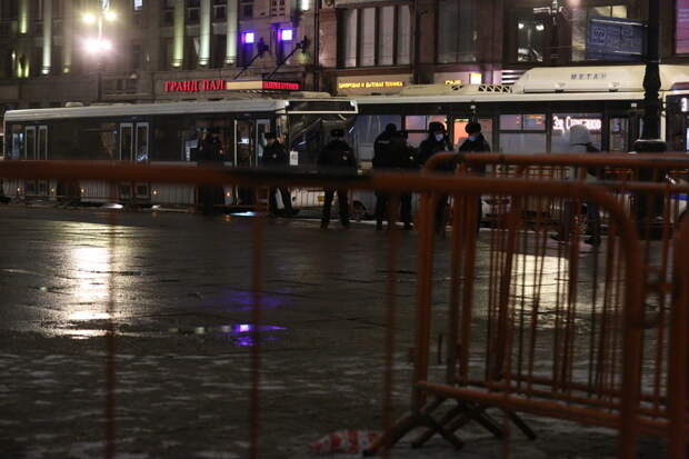 Накануне митинга в центре Петербурга снова появились ограждения