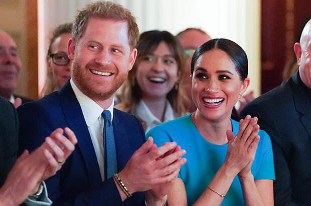 Принц Гарри сегодня вернется в США к беременной жене Меган Маркл и сыну Арчи