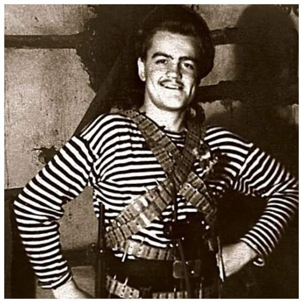 Каким был в детстве рыцарь советского кино Леонид Кулагин и как красиво он постарел
