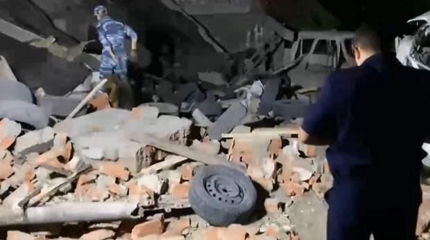 В Краснодаре при взрыве и обрушении гаража погиб мужчина
