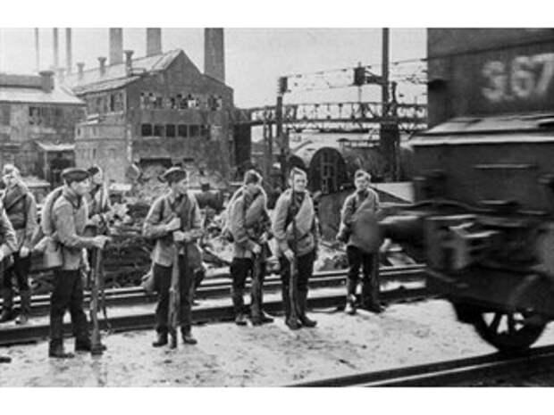 40 дней на войне. Как курсанты-кировцы изменили план Гитлера по захвату Ленинграда