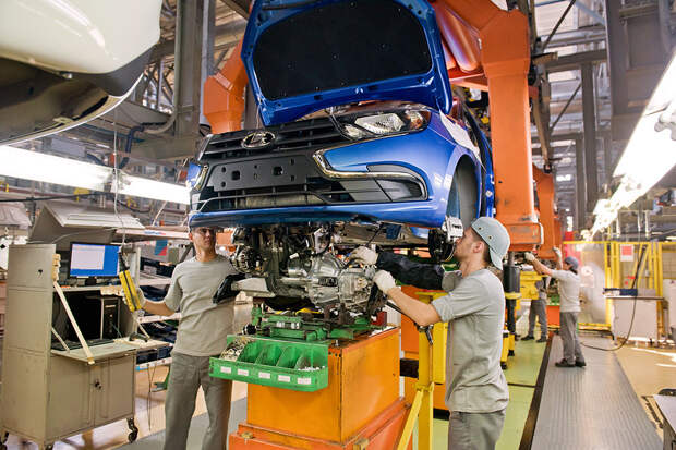 АвтоВАЗ: дефицита Lada Granta из-за остановки сборки не предвидится