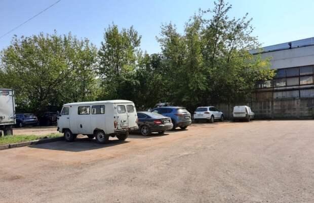 На земельном участке на Илимской обнаружили незаконные сооружения