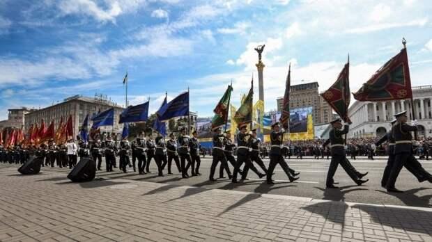 США поддерживают Киев в военном отношении, снабжая оружием и проводя обучение украинских военных