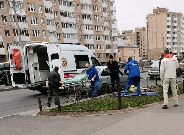 После серьёзного ДТП с ребёнком на Гатчинском полиция подтвердила, что петербуржцы не раз просили включить светофор