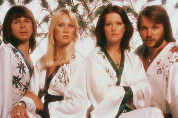 Голограммы группы ABBA отправятся в тур — и представят 5 новых песен