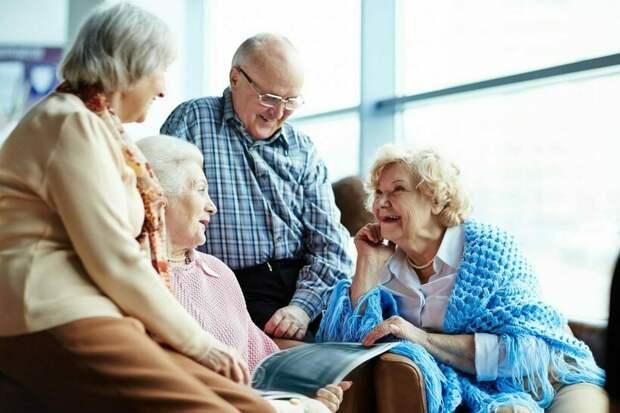 Ученые определили три этапа старения: что меняется, когда человеку исполняется 34 года