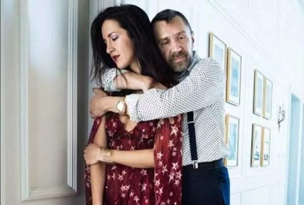 Как жены Сергея Шнурова влияли на его судьбу