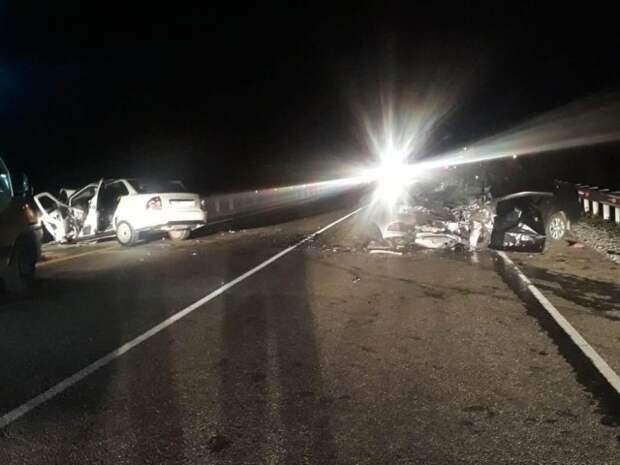 На Кубани жесткая авария унесла жизни троих человек