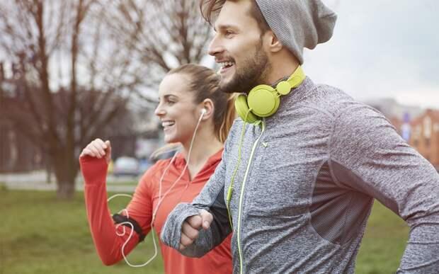 Музыка для тренировок: плейлист, который добавит мотивации и сделает занятия в зале продуктивнее