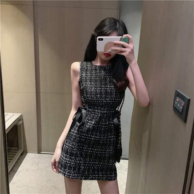 Приталённое платье