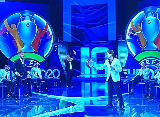 У нас объявление заявки сборной – валидольный момент. В Италии – шоу: песни, танцы, теннисный матч Манчини сковородкой в прямом эфире. ВИДЕО