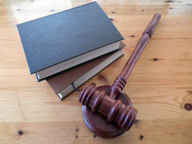 Суд арестовал двух «Свидетелей Иеговы» с улицы Дыбенко