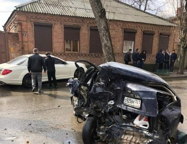 ВРостове назвали подробности аварии ссыном директора рынка
