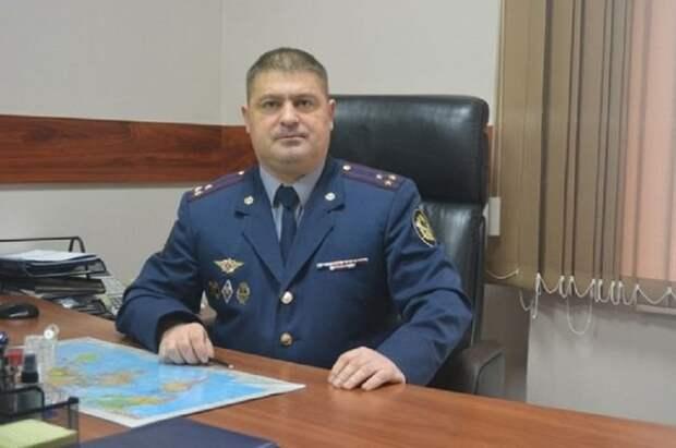 Замначальника Томского УФСИН нашли около работы исколотым ножом