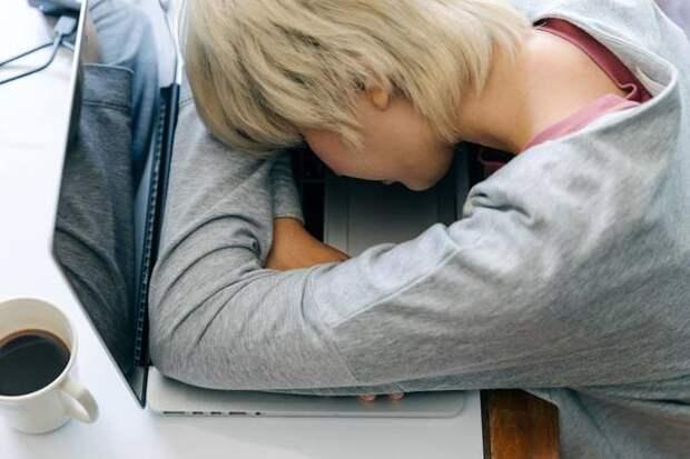 Ученые выяснили, что недостаток сна увеличивает риск развития деменции