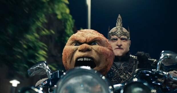 Жители Белогорья вМоскве: вышел трейлер «Последнего богатыря 3»
