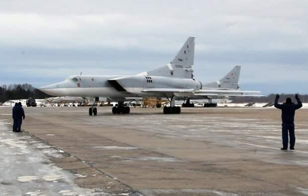 Бомбардировщики Ту-22М3 прибыли на авиабазу Хмеймим отрабатывать приемы