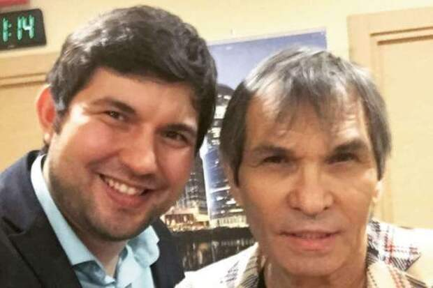 Бари Алибасов обвинил сына в рукоприкладстве