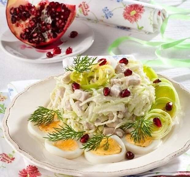 Мясной салат с редькой и яйцом/Фото: Олег Кулагин/BurdaMedia
