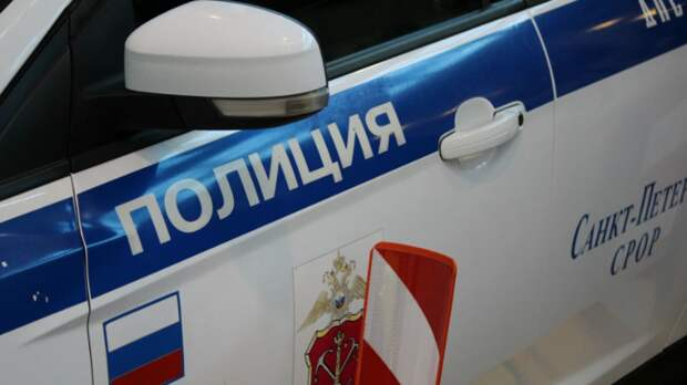 Сотрудник ДПС пострадал в аварии с внедорожником в Петербурге