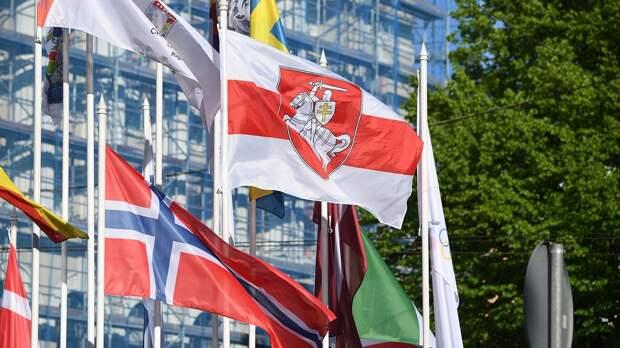 ИИХФ осудила решение рижских властей сменить флаг Белоруссии и потребовала снять флаг турнира