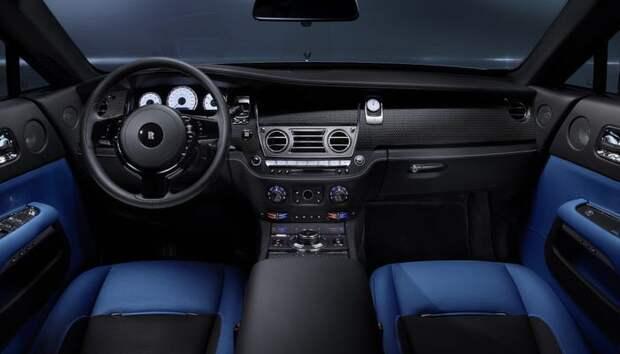 Интерьер Rolls Royce Wraith Black Badge/ Фото: press.roycemotorcars.com