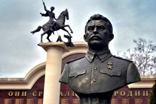 Шок: Англия и Франция активно готовились атаковать СССР в конце 1930-х годов