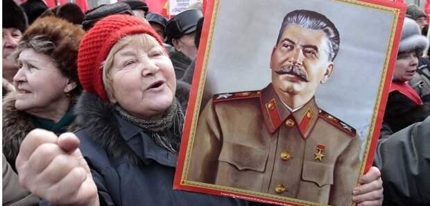 При Сталине за 10-минутное опоздание сажали – и вон какие гиганты индустрии возводили!
