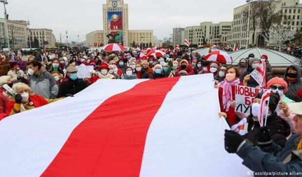 Массовые задержания оппозиции возобновились вМинске