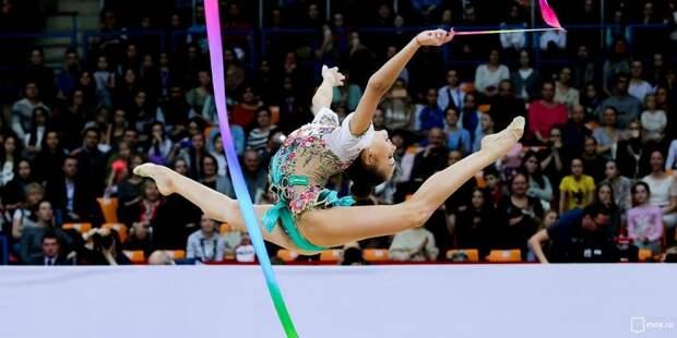 Секция художественной гимнастики работает на Валдайском