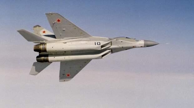 Советский многоцелевой истребитель четвёртого поколенияМИГ-29, 1988 год