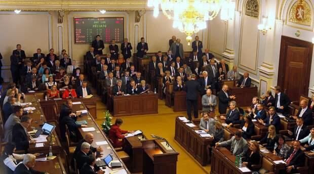 Парламент Чехии потребовал компенсацию с России за взрыв в Врбетице
