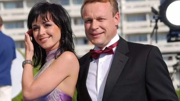 Сергей Жигунов второй раз развелся с Верой Новиковой