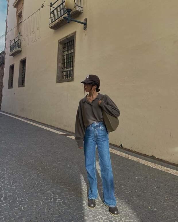 Повседневный крой и широкие силуэты: джинсы bootcut как главный фаворит сезона