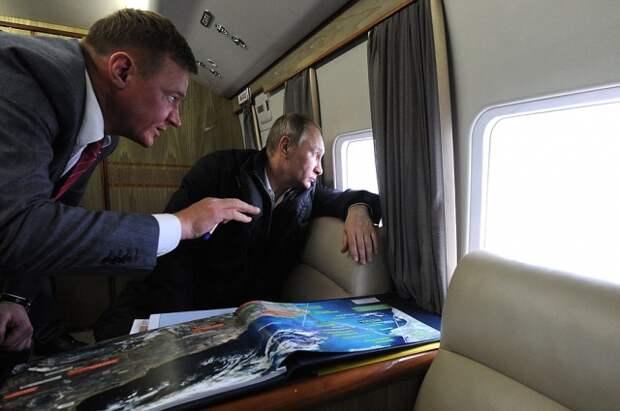 Новые уникальные фото Керченского моста, снятые с президентского вертолета Путина, появились в сети