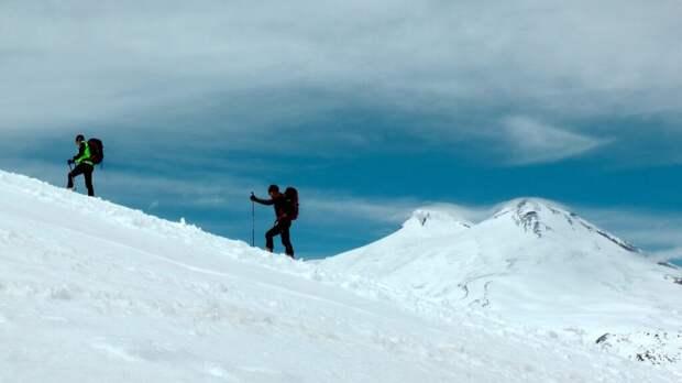Пятеро альпинистов из пропавшей на Эльбрусе группы погибли