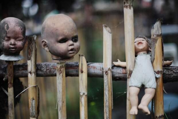 10 пугающих фото Кукольного острова в Мексике