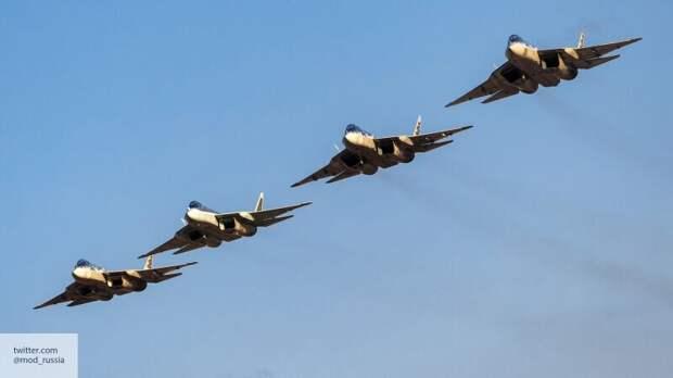 «Убийственно красив»: в США восхитились полетом Су-57 на параде Победы