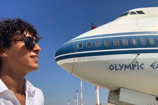 Прогулка по заброшенному аэропорту в Греции
