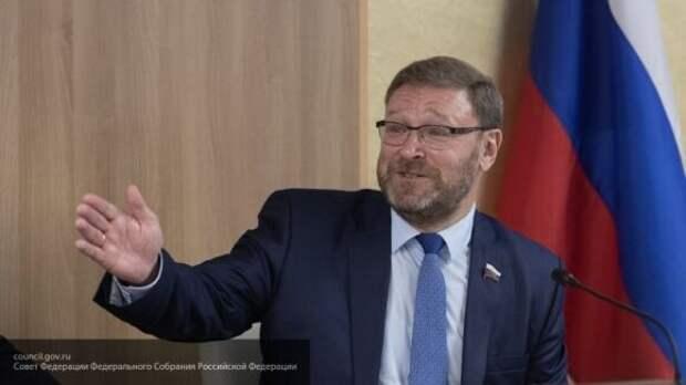 Косачев рассказал, как США пытаются вернуть себе лидерство за счет РФ и Китая