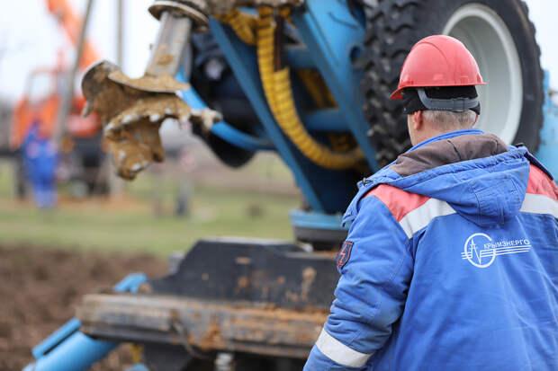 В Симферопольском районе два водозабора начали подключать к электросетям