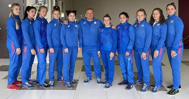Три спортсменки из Красноярского края поедут на чемпионат мира по вольной борьбе