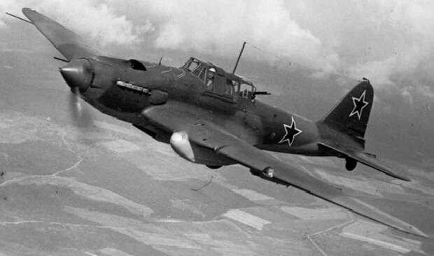 Почему немецкие лётчики так боялись советских истребителей с красным носом