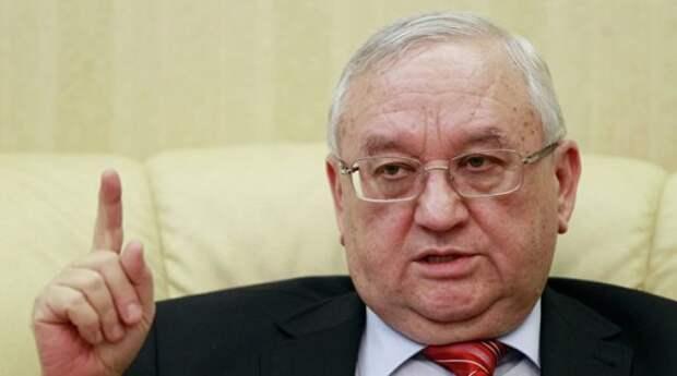 посол Анвар Азимов